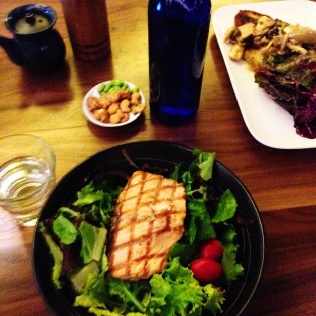 low carb restaurant meal salmon salad