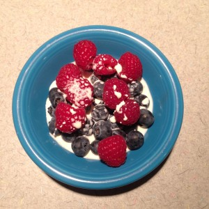 Healthy Low Carb Berries and Cream